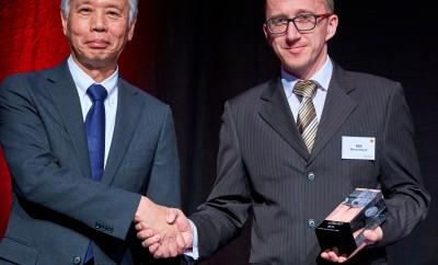 12384_Toyota-achievement-award-2017-for-NSK-Mr-Morimoto-Mr-Kozub