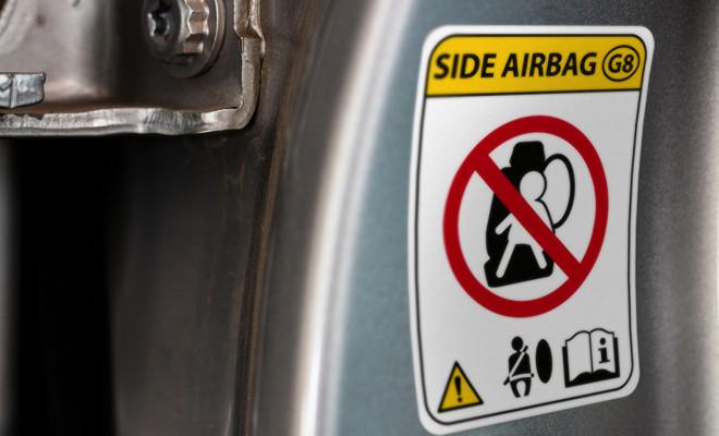 74539277 - car warning airbag sign modern